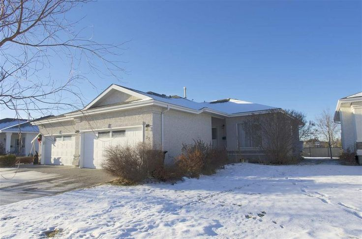 This 2 bed + den Adult Bungalow is perfect for the empty nester! Situated in the Links, Spruce Grove.