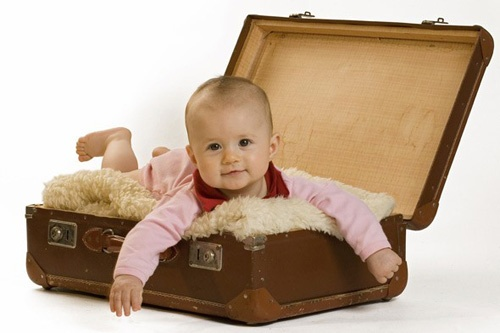 Bé xinh: Healthy Travel, Surrogacy Travelingwithbabi, Baby, طفلك Fly, Suitcas