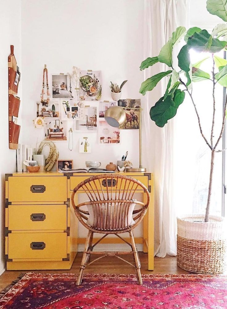 4 Diy Decor Ideas To Give Your Space That Log Cabin Vibe If You Re Into Boho Rustic Styles But Would Like T Bohemian Room Decor Retro Home Decor Bohemian Room