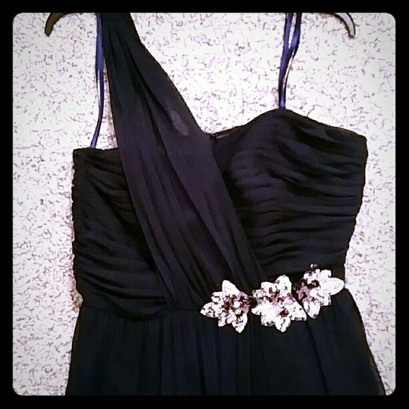 Navy blue cocktail dress A cute navy blue cocktail dress silver flower embellishment with a cute side shoulder strap! Only worn once! Adrianna Papell Dresses