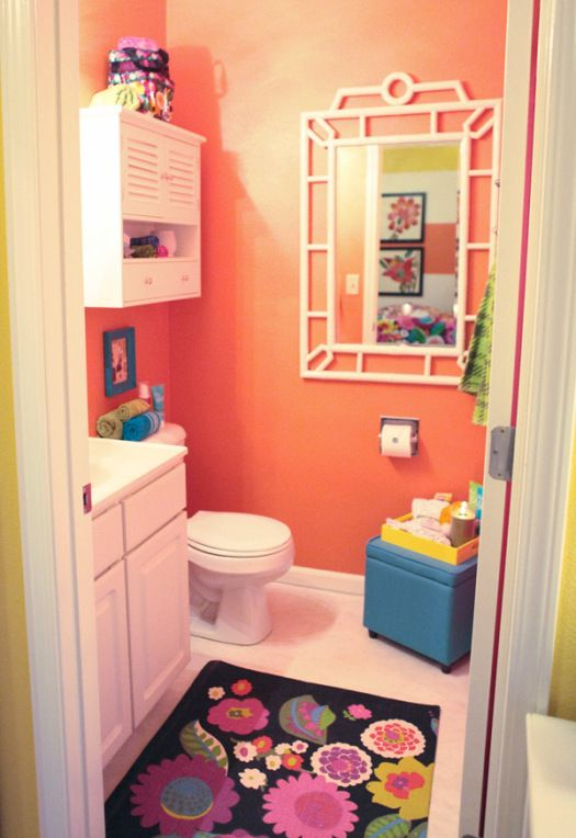 Dorm bathroom home decor bathroom pinterest for Bathroom decor ideas for girls