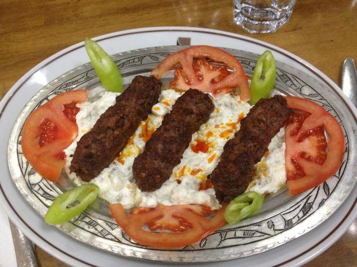 Kıymalı Alinazik Kebabı