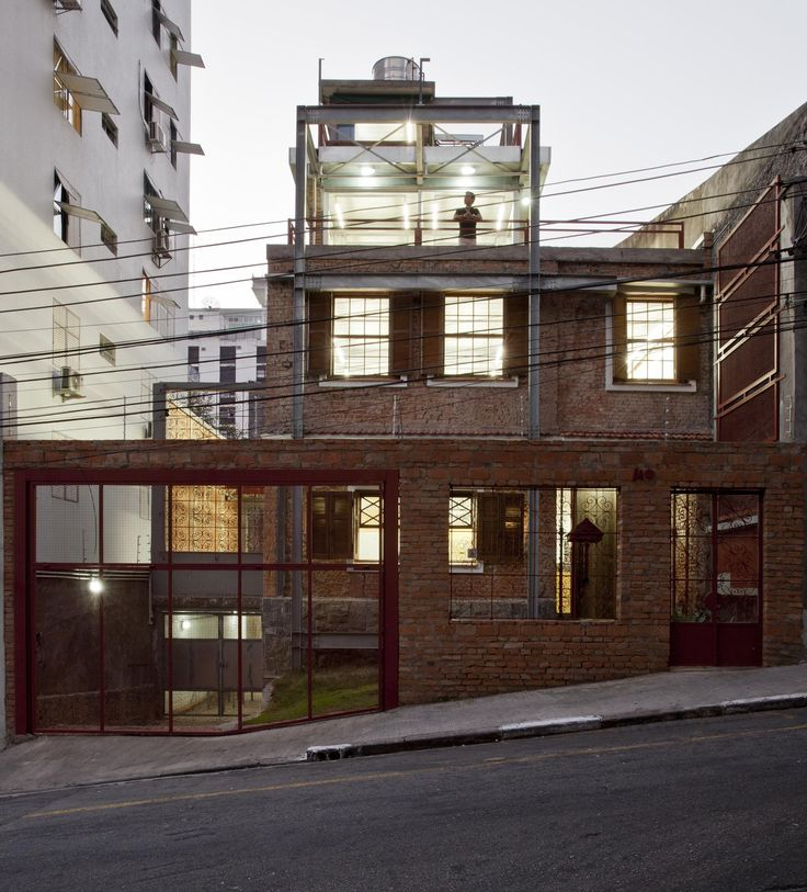 Built by SuperLimão Studio in São Paulo, Brazil with date 2014. Images by Maira Acayaba. Architectural Design  The history of this house located a few meters from Paulista Avenue begins in the early twentie...