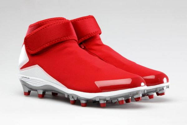 Air Jordan XX8-Inspired Football Cleats worn by Michael Crabtree in the Divisional Playoffs.