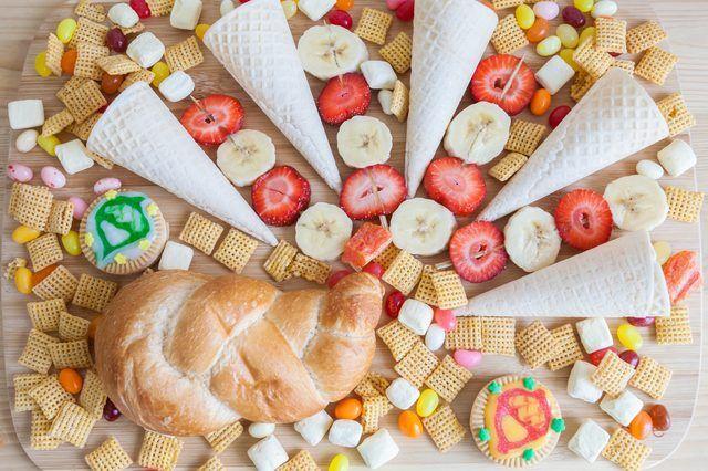Thanksgiving Snacks for Kids to Make