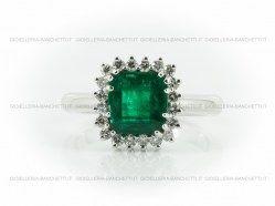anello-smeraldo-diamanti-1.jpg