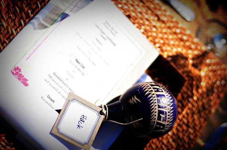 Maracas with a name tag as a place cards for your destination wedding #wedding #bride #destinationwedding #costarica #placecards #costaricawedding #beachwedding #puravida #maracas