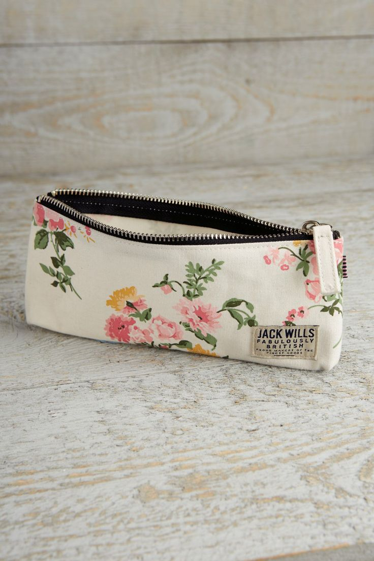 The Wansbeck Pencil Case | Jack Wills