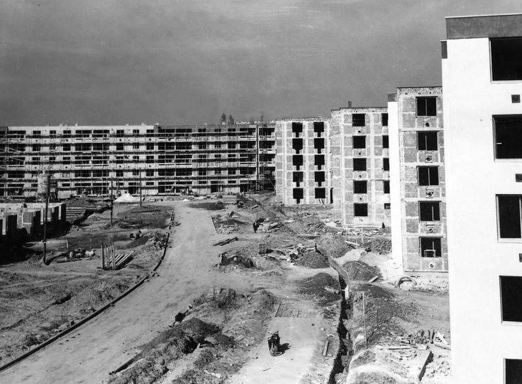 Épül Tarján, az Olajos és Csörlő utca. 1968.02.10.