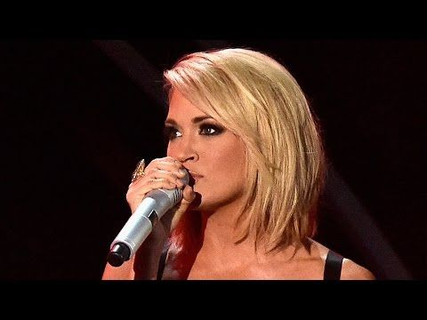 Carrie Underwood Reveals Why Her 'Mom' Bob Hair Routine Is Easier - YouTube