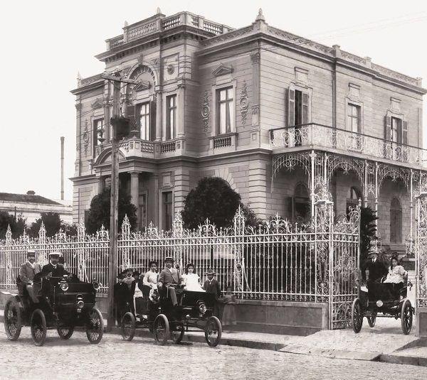 (Foto: Acervo Fundação Energia e Saneamento)Casarão da família Santos Dumont, em 1900, que hoje dá espaço ao Museu da Energia e Fundação Energia e Saneamento