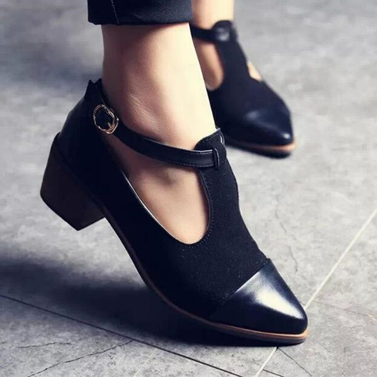 2016 Vintage Oxford Shoes Women Pointed Toe Cut Out Med Heel Patchwork Buckle Ladies Shoes Flats WFS112 //Price: $US $17.98 & FREE Shipping //     #bags