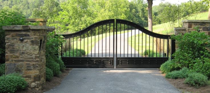 » CUSTOM AUTOMATIC GATE SYSTEMS AND ACCESS CONTROL SYSTEMS