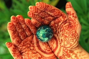 There is hope if people will begin to awaken that spiritual part of themselves, that heartfelt knowledge that we are caretakers of this planet.  ~Brooke Medicine EagleEquality Right, Mothers Earth, Green, Hippie Peace, Children, Learning, Earth Day, Eagles, Henna Hands
