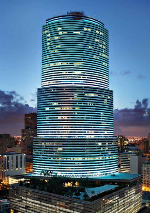 Miami Tower, Brickell Avenue, Downtown Miami, Florida.