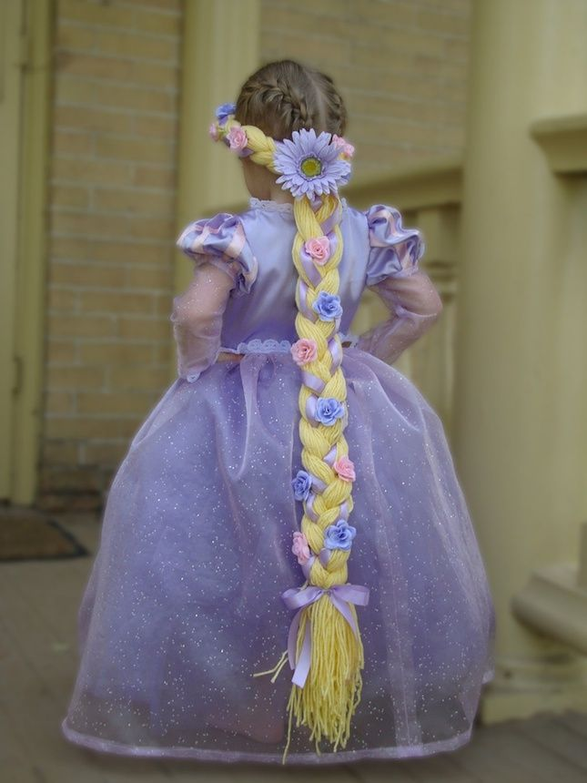 Use yarn to create a faux braid for a Rapunzel Halloween costume.