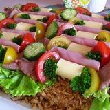 Roast Beef and Bacon Sandwich Cake from En Sida Med Mat