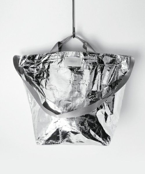 【ZOZOTOWN|送料無料】emmi(エミ)のトートバッグ「【emmi yoga】トロリートート」(14WGG174350)を購入できます。