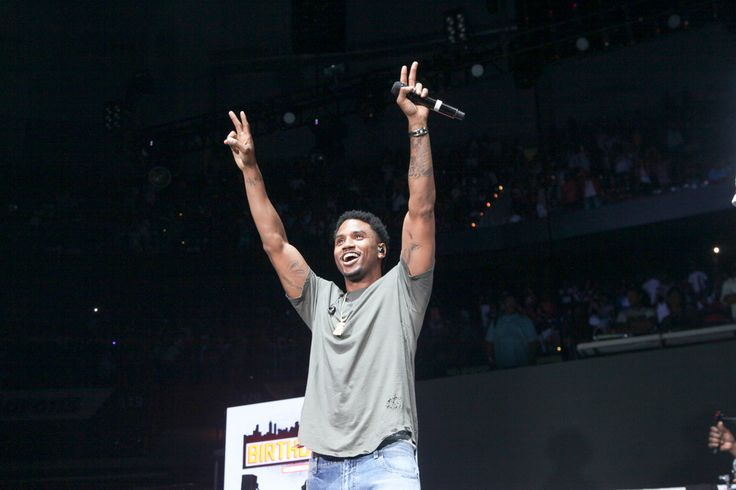 """Tremaine Aldon Neverson, famously known as Trey Songz, was arrested in Detroit by police shortly after his concert. Trey Songz was performing for """"Big Show At The Joe"""" – an all-star concert. The show included other famous singers including Fetty Wap and Young Thug. According to Fox2 news, the per..."""
