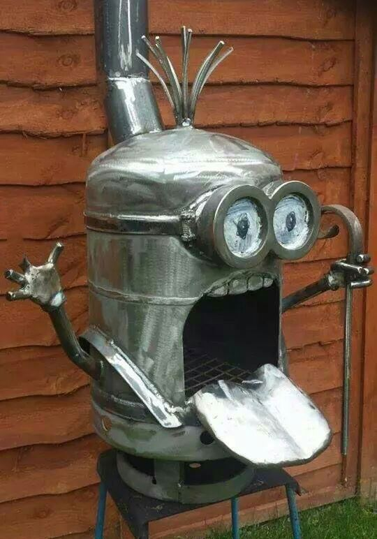 Funny minion Art, grill. See my Despicable Me Minions pins https://www.pinterest.com/search/my_pins/?q=minions