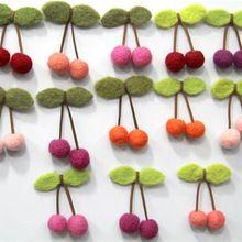 30 stks/partij handgemaakte needled vilten wol kralen schapenwol cherry diy sieraden vrouw meisjes boutique haaraccessoires(China (Mainland))