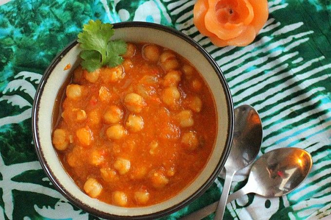 Chana Masala/Chole (Chickpea Curry) and Chana Masala Spice blend. vegan, glutenfree