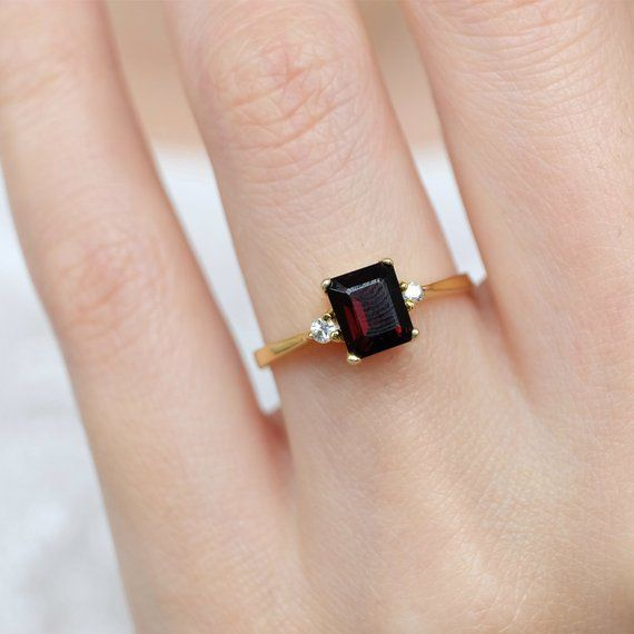 Details about  /Red Garnet Gemstone Party Jewelry 10k White Gold Ring