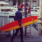 Surfing the streets of Stockholm #surfgirl #surfing #longboard #SUP #landsurfing #skatesurf #surfskate #downhill