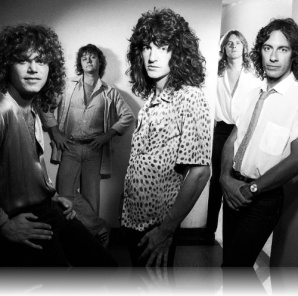 REO Speedwagon Gary Richrath and Kevin Cronin  too bad Kevin couldn't stay away from the love songs!