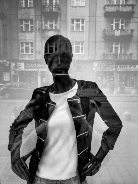 Photo Of The Week ( 60 ) Gallery Cover Photo  W sercu miasta - impresja