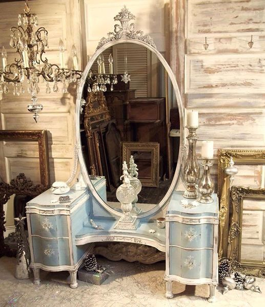 Lovely vintage dressing table. #vanity