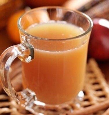 Przepis na napój z octem jabłkowym, zawiera mnóstwo silnych, aktywnych składników min. enzymów. Zobacz dlaczego warto pić go codziennie.