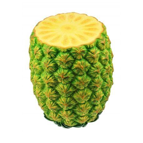 De enorme Ananas Kruk ziet eruit om op te eten. De handbeschilderde Ananas ziet eruit om direct een stuk van af te snijden en op te eten. Niet alleen een kruk om op te zitten, maar ook handig als voetensteun of bijzet tafeltje. De Ananas Kruk is perfect voor bij de BBQ, maar uiteraard ook als opvallend en praktisch meubelstuk in huis. Een geweldig cadeau idee voor iedereen die van fruit houdt.