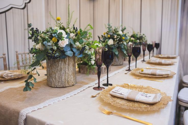 barn-wedding-table