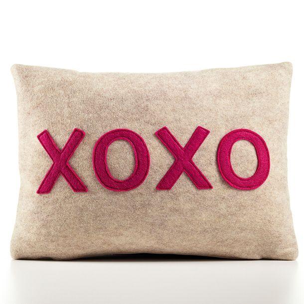 XOXO Pillow 10x14 Charcoal