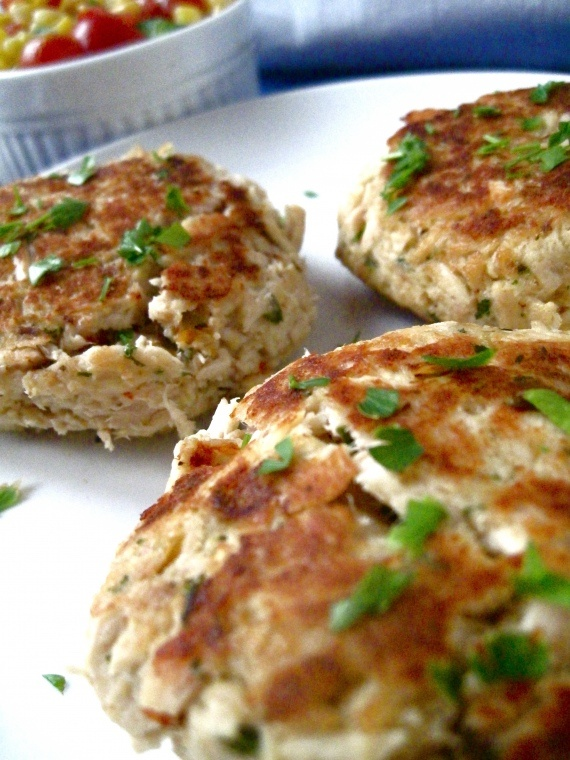 Tuna Cakes -- inexpensive, fast & easy to make, and not too bad for you