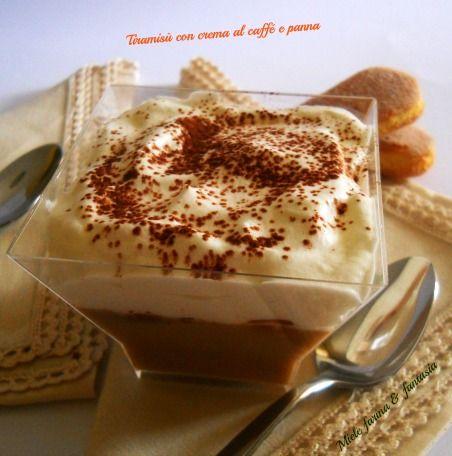tiramisù con crema al caffe e panna di Miele farina & fantasia