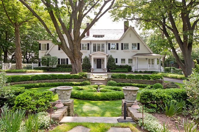 1930's Colonial... I'll take itBoxwood Gardens, 1910 White, Sands Point, Dreams House, Long Islands, White Clapboard, North Shore, American Dreams, White House