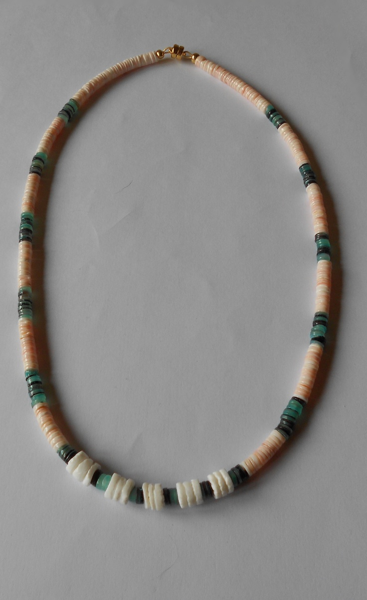 Shell necklace ,magnetic clasp