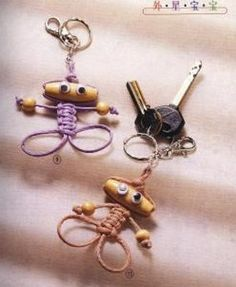 Adorable little macramé people. Directions are not in English, but the pictures are very easy to follow.