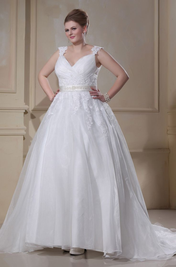 14 best Grote Maten Bruidsjurken images on Pinterest | Wedding ...