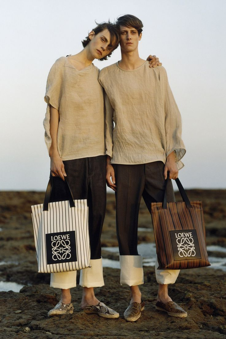 Loewe Spring 2015 Menswear Fashion Show