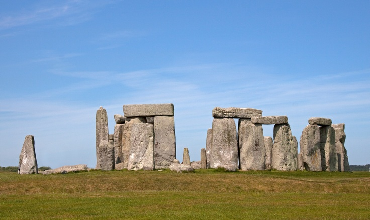 Stonehenge very briefly visited, must return one day