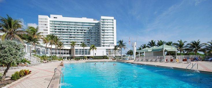 Deauville Beach Resort, hotel tres estrellas en Miami Beach - http://www.absolut-miami.com/deauville-beach-resort-hotel-tres-estrellas-en-miami-beach/