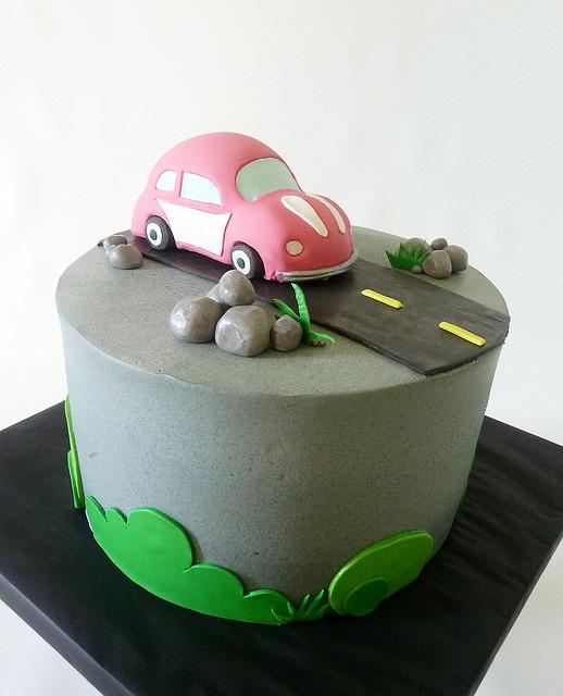 A VW Beetle  fondant cake