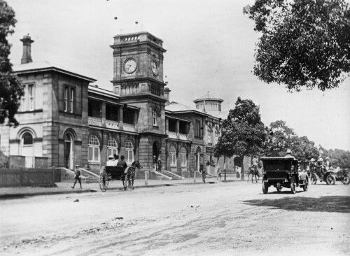 Toowoomba,Queensland Town Hall in 1906.A♥W