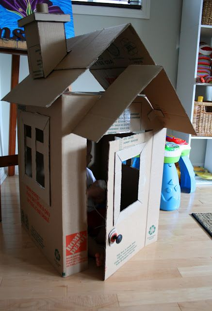 Tutorial to make this cute cardboard box playhouse.