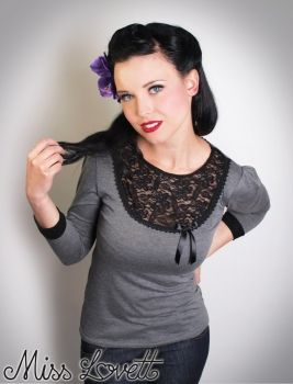 MISS LOVETT - Handmade Rockabilly Clothing - CLAIRE_05 Grau/Schwarz Spitze 3/4 Longsleeve