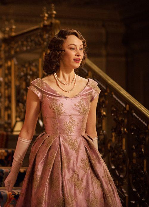 Princess Elizabeth - Sarah Gadon inA Royal Night Out, set in 1945 (2015).