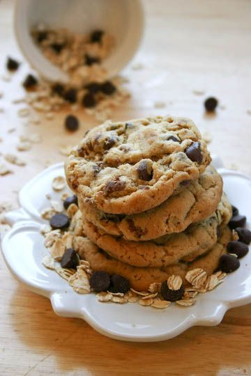 Bakergirl: Peanut Butter Oatmeal Chocolate Chip Graham Cookies.